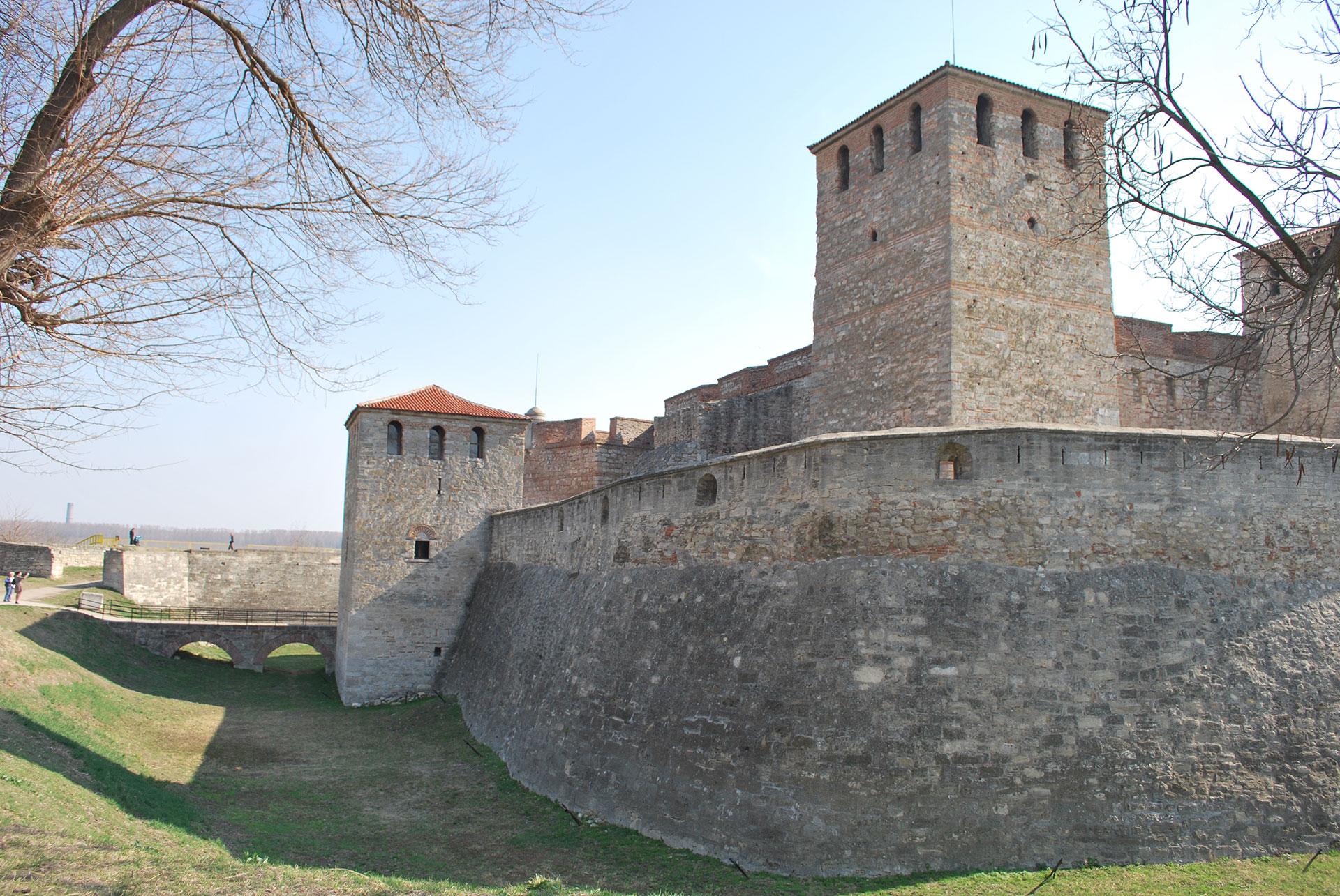 Mediaeval-Bulgarian-Fortress-Baba-Vida_24